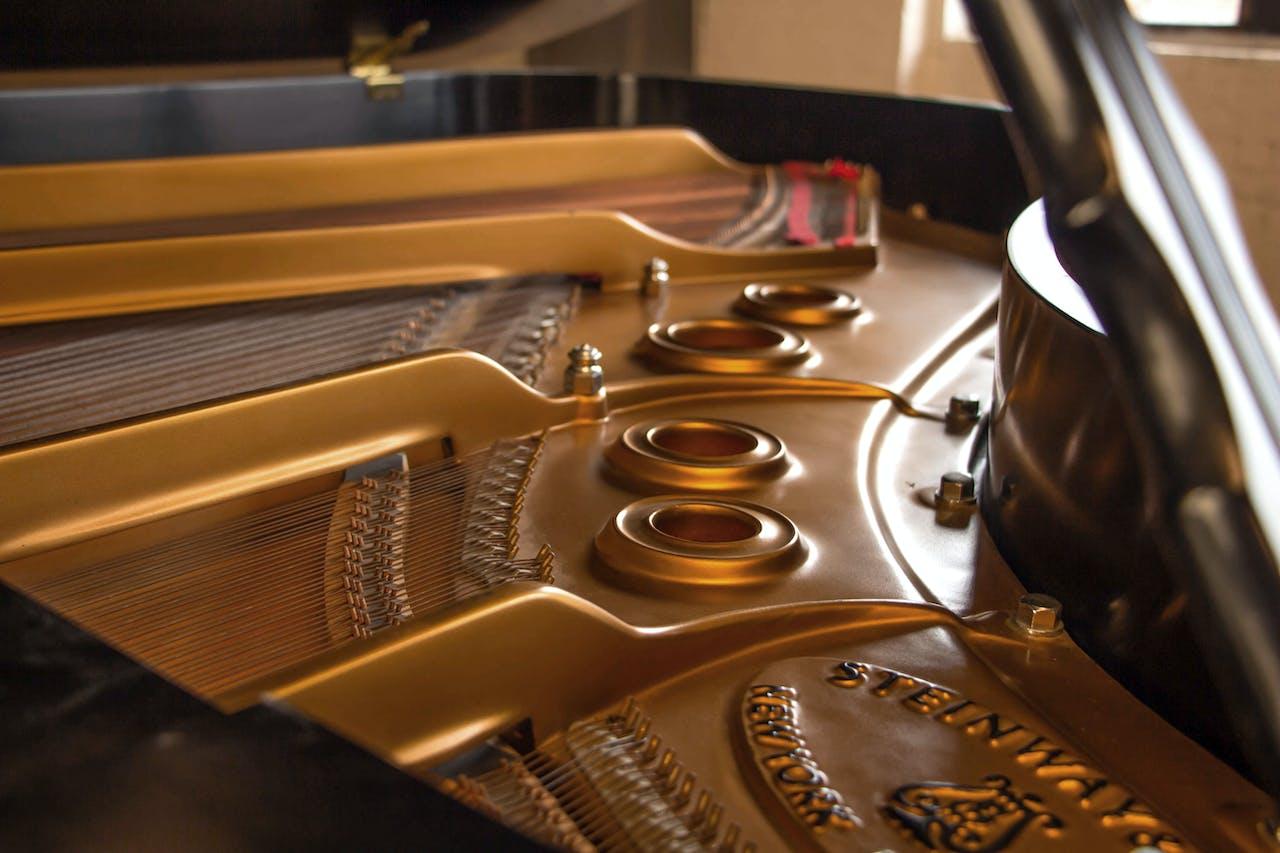 1999 Steinway MODEL L